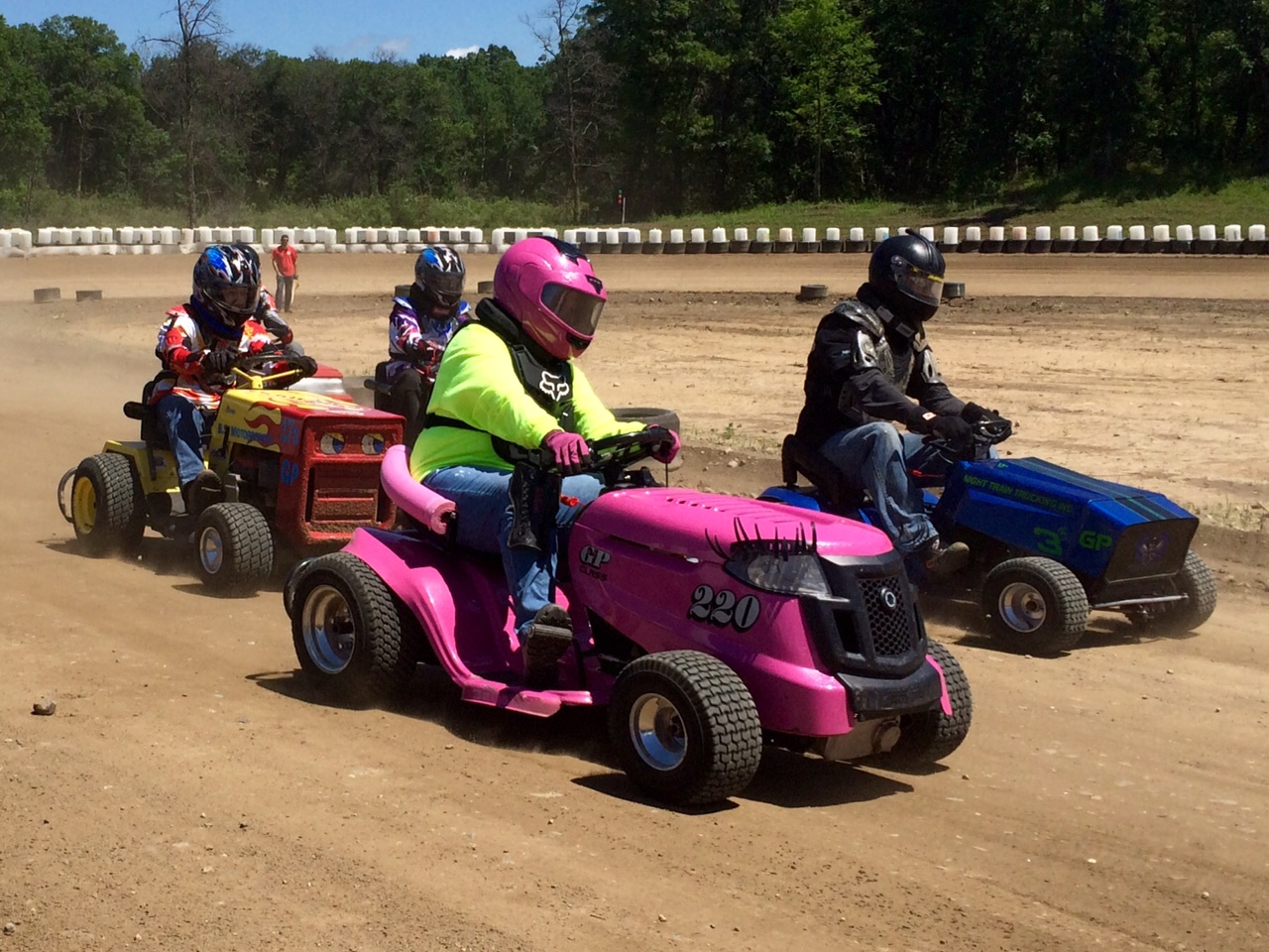 All You Wanted To Know About Lawn Mower Racing Altered Steel